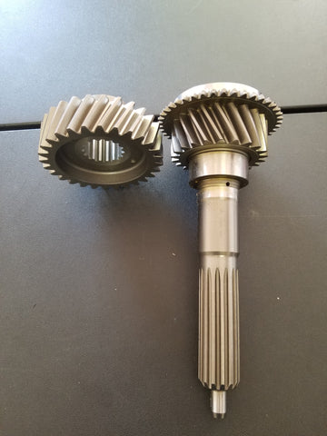 Input shaft and fifth gear set