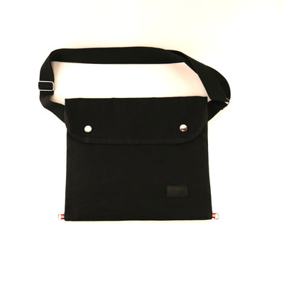 Musette with flap in black