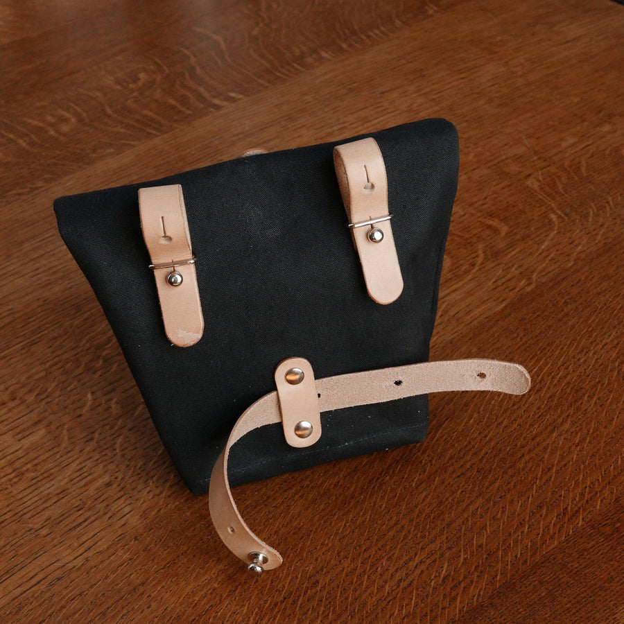 J-23 in black saddle bag - La Jefa and sons
