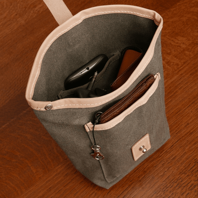 J-23 in feldgrau handlebar bag - La Jefa and sons
