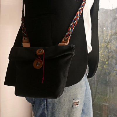 Private in black saddle bag - La Jefa and sons