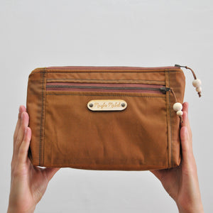 Vegan wax canvas wash bag toiletry bag in caramel