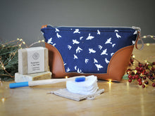Load image into Gallery viewer, Luxury Eco Gift Set - Navy Bird