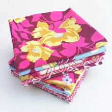 Load image into Gallery viewer, Fabric Bundle - Pink Floral & Chevron