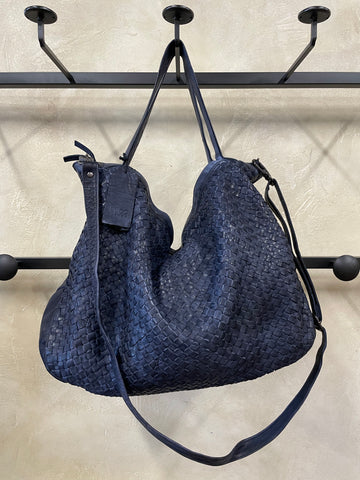 Frankie Shoulder Bag in Navy