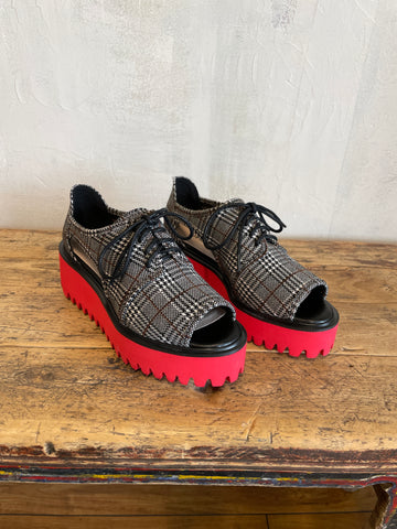 Black Plaid Cutout Fab Flatform