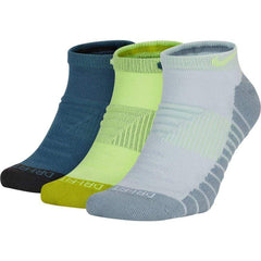 Nike Everyday Max Cushioned No-Show (3 Pairs) Socks