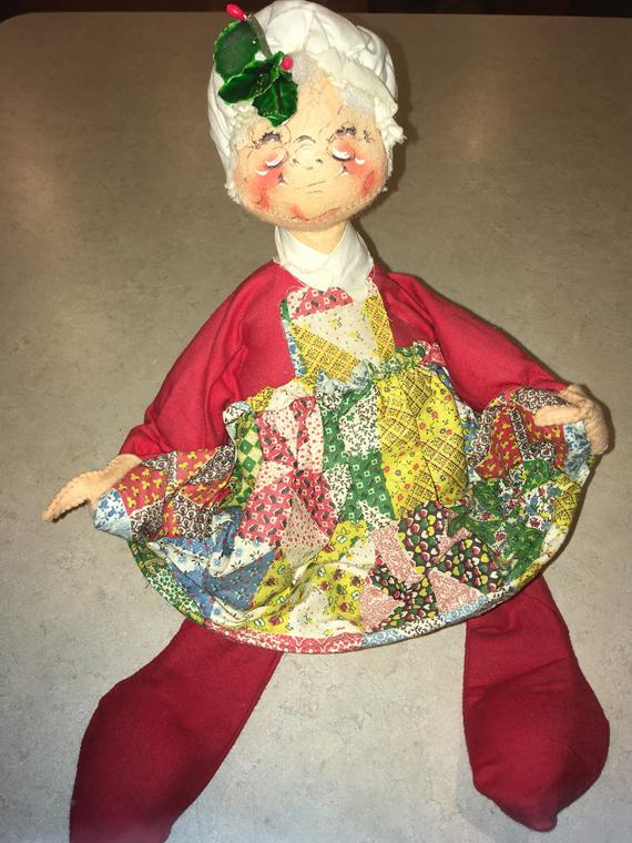 Annalee Mobility Doll - Mrs. Clause - 1971