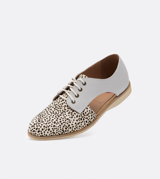 Rollie Sidecut Snow Leopard/White Shoes