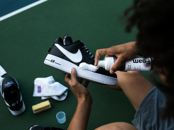 TAKING CARE OF YOUR SNEAKERS (CLEANING THEM)