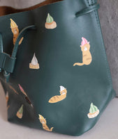 Gem Biscuit Cat Bucket Bag