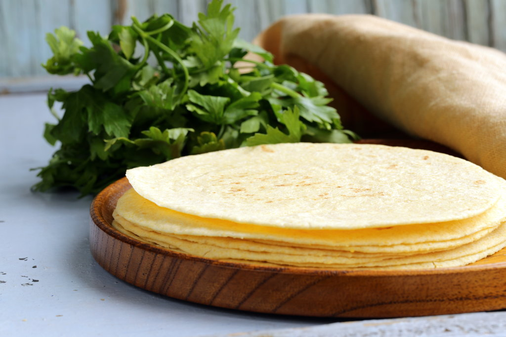 Tortilla Sizes and Types for Mexican Dinner