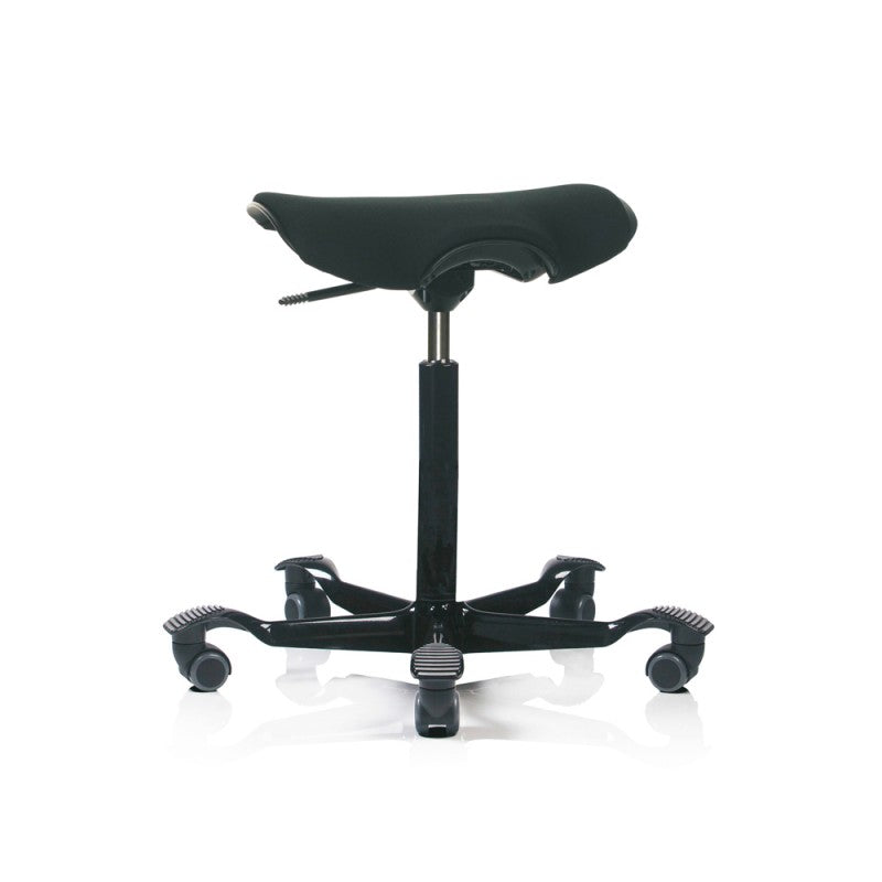 Capisco Puls stool with cushion seat