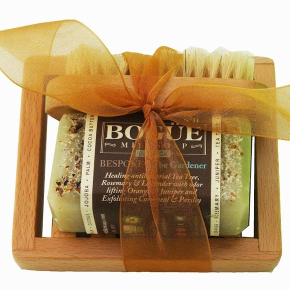 No 11 Gardeners Blend Goat Milk Soap Gift Set