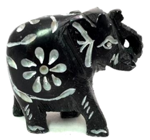 Load image into Gallery viewer, Handcarved Soapstone Figurine