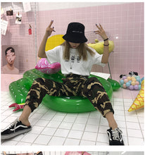 Load image into Gallery viewer, aesthetic bucket hat - The Yellow Sock