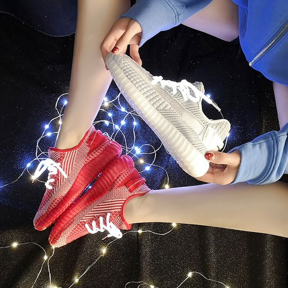 2019 New Stylish Starry Flexible Sneaker Shoes