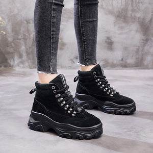 Women's Stylish Leather Platform Boots - Abershoes