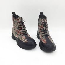 Load image into Gallery viewer, Trendy British Zipper Grid Boots - Abershoes