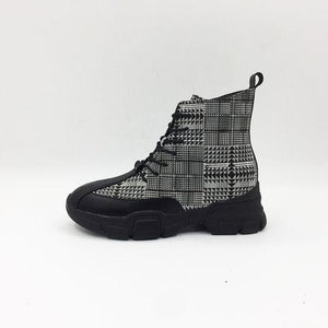 Trendy British Zipper Grid Boots - Abershoes