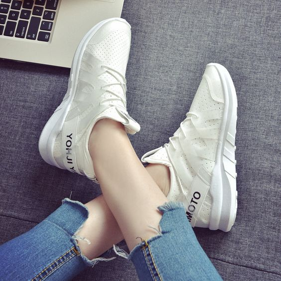 Breathable Trendy White Sneakers