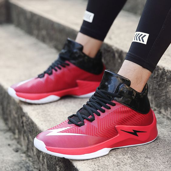 Shock-absorbing Lightning Logo Basketball Shoes