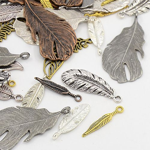 30 Grams Mixed Tibetan Random Shapes & Sizes charms pendants (Feather)