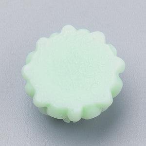 Pack of 20 Acrylic Dahlia 14mm Cabochons – Light Green