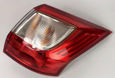 Rear Right Tail Light Fits Ford C-Max OE 1686888 Valeo 44448
