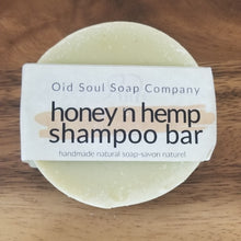 Load image into Gallery viewer, Honey 'n Hemp Shampoo Bar