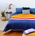 "No. 53 - Queen size quilt - ""Feu de camp"" model"