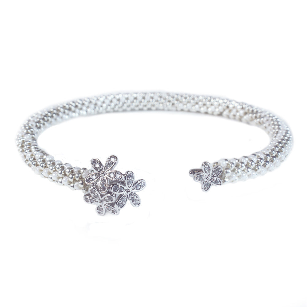 Diamond Daisy Cuff in Silver from the Destiny Collection