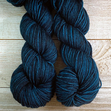 ww kashmir Blackthorn, worsted weight merino and cashmere yarn