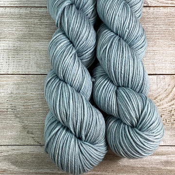 ww kashmir Blue Moon, worsted weight merino and cashmere yarn