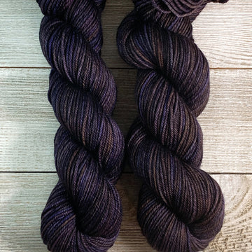 ww kashmir Chocolate Chambord, worsted weight merino and cashmere yarn