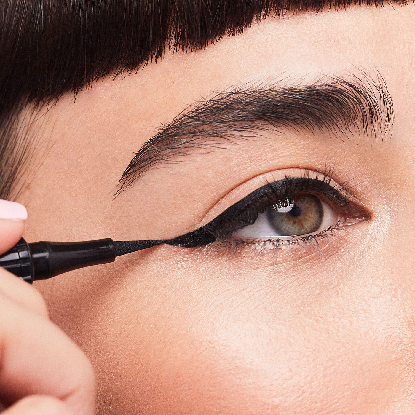 Load image into Gallery viewer, Benefit Roller Liner Eyeliner