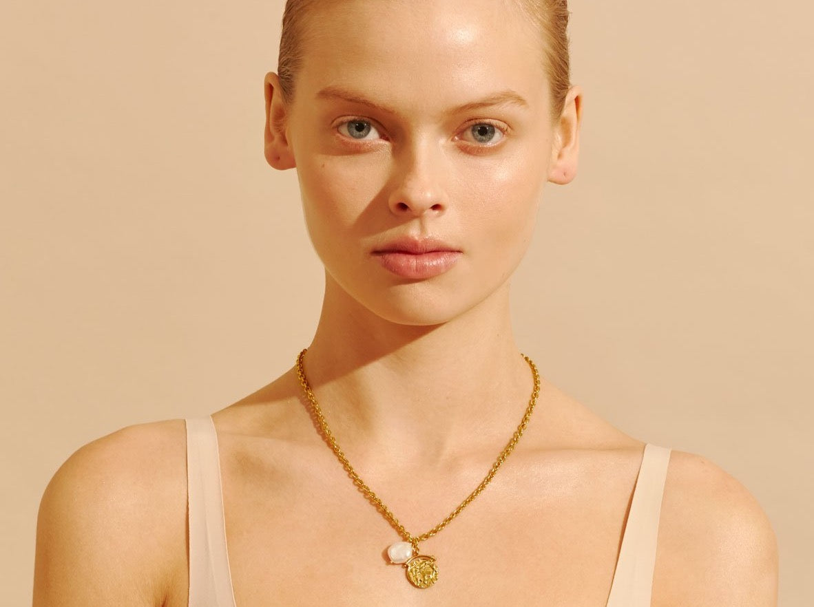 Amber Sceats Flora Necklace in Gold