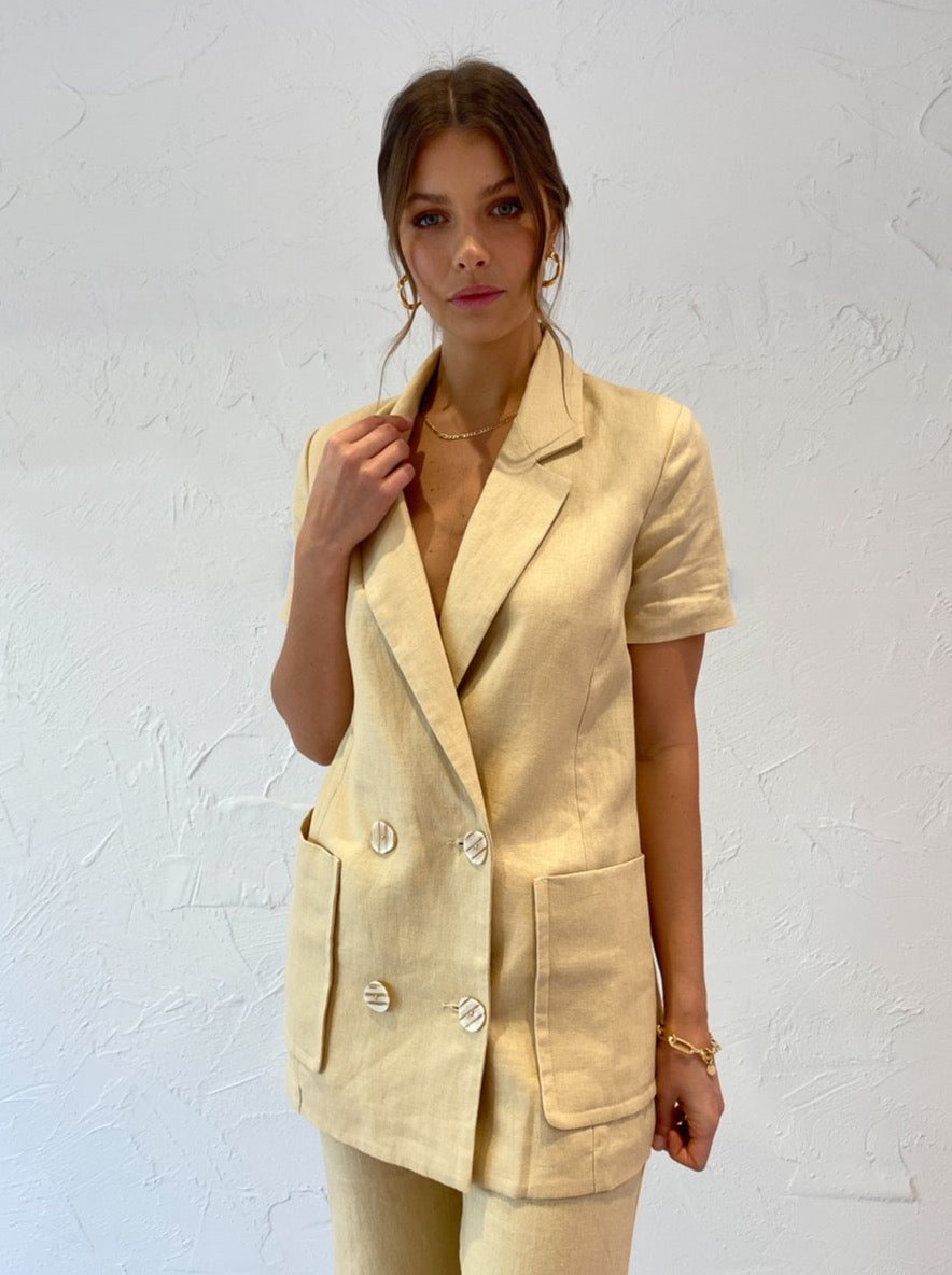 Shona Joy Carmen Short Sleeve Blazer in Natural
