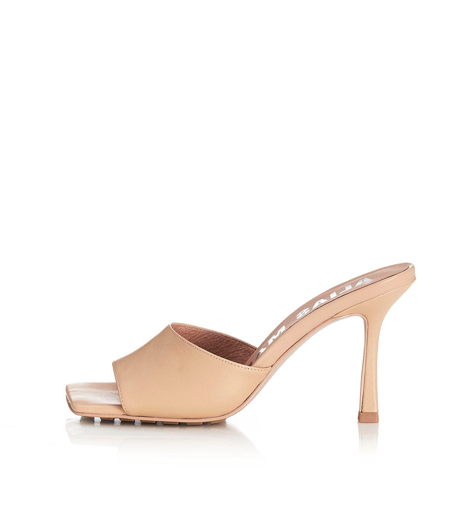 Alias Mae Leni Heel in Natural Leather