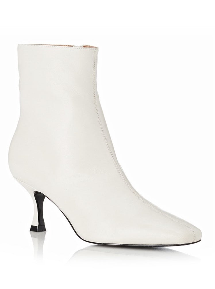 Alias Mae London Boot in Bone Leather