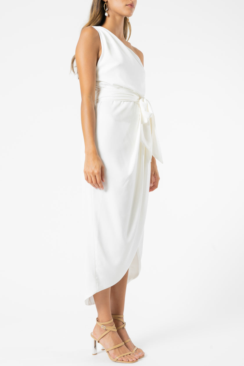 Olive and Ivy One Shouldered Drape Dress in White