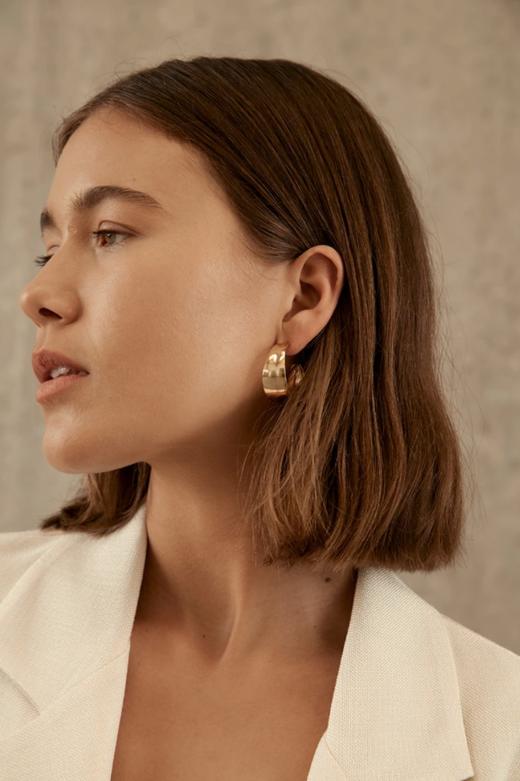 Brie Leon Sabana Stud Hoop Earrings in Gold