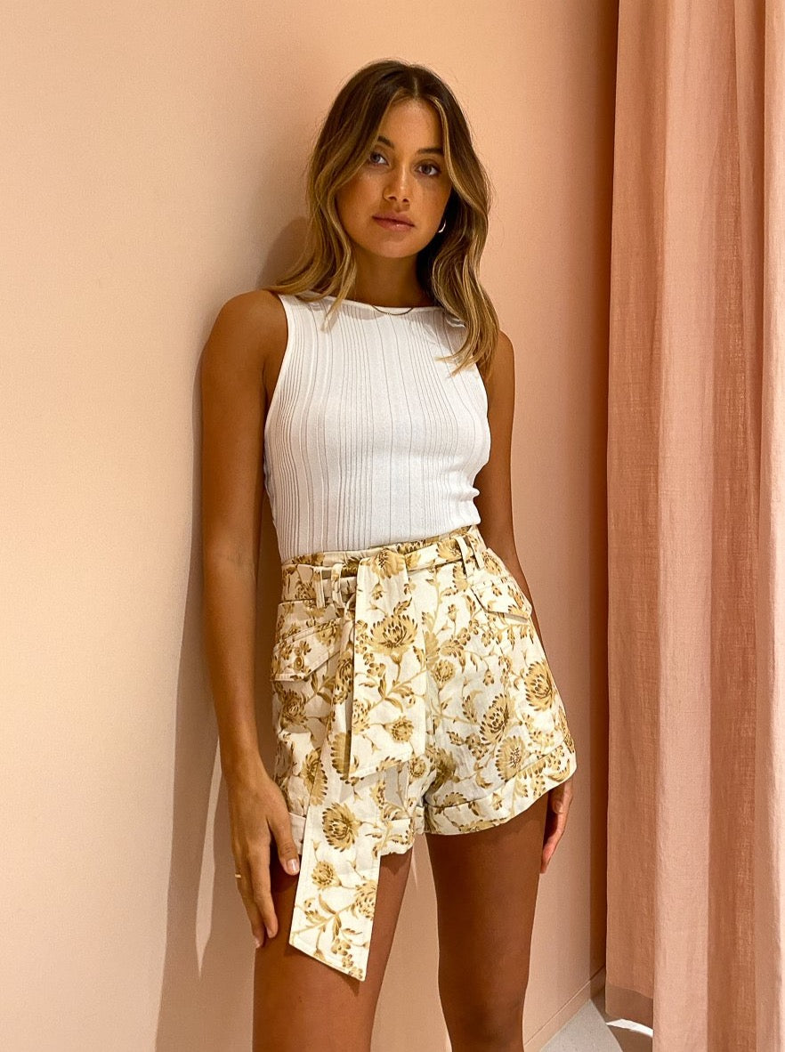 Significant Other Aphrodite Short in Caramel Floral