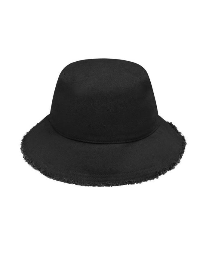 Avenue Sophia Bucket Hat in Black