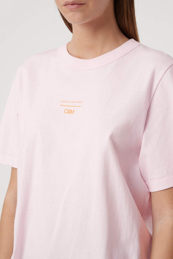 C&M George Tee in Pale Pink