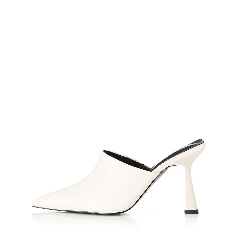 Alias Mae Zola Mule in Bone Leather