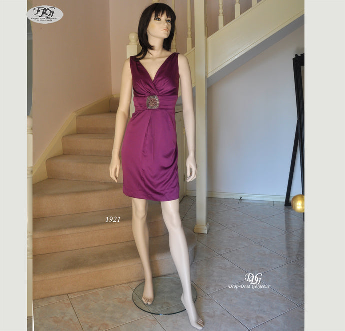 V/N Satin Cocktail Dress in Purple Style 1921 Size 8/10
