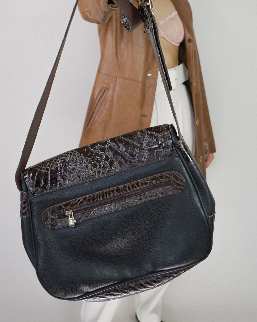 Dark brown crossover Bag