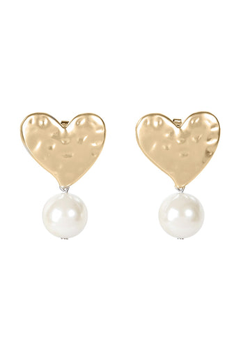 EXCLAiM Heart-Shaped Pearl Earrings Gold