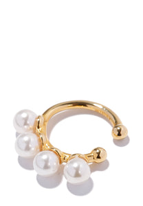 EXCLAiM Pearl Cuff Earrings Gold